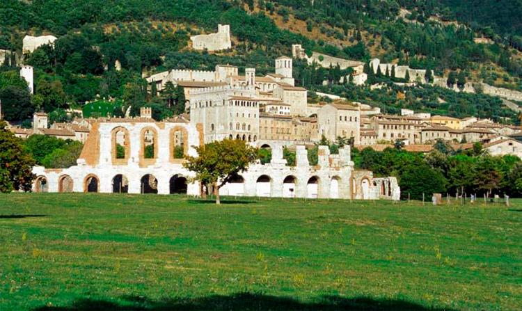 Agriturismo Valle Verde - Gubbio, Teatro Romano - Gubbio, Roman Theatre